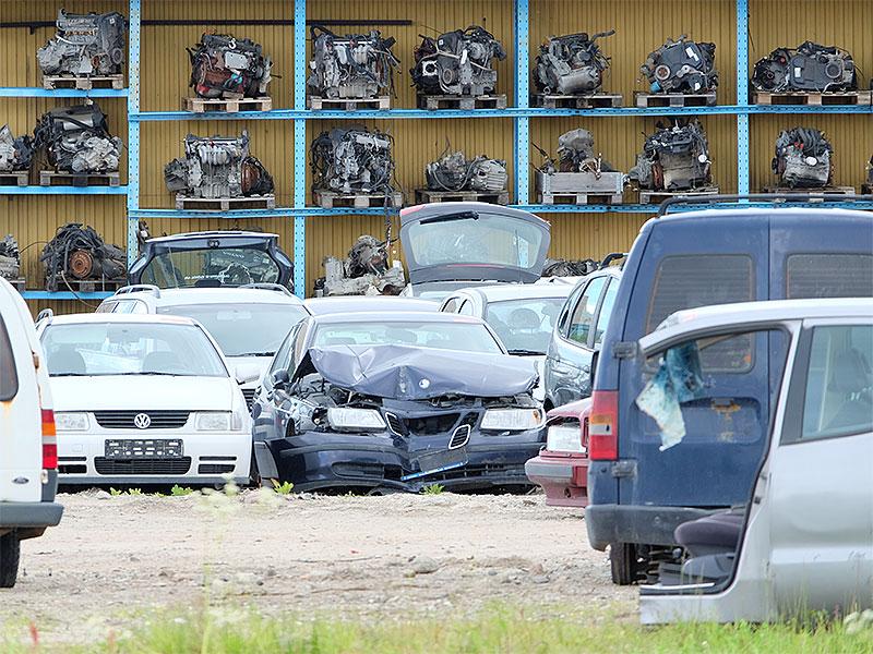 Bilar och motorer