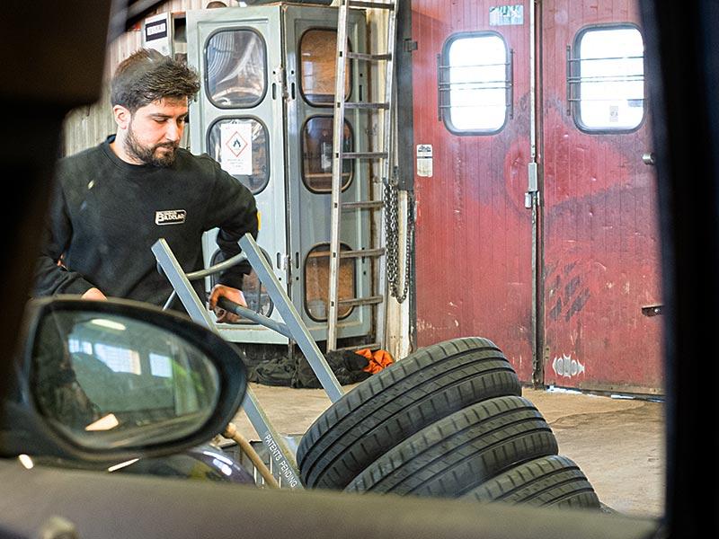 Köp däck och fälg på Beg. Bildelar i Kolbäck
